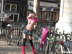 Public flashing turns into public pussy toying and cumming