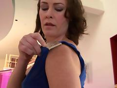Veronica Snow rides the dick with her experienced hairy pussy
