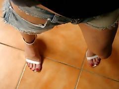 tx-milf teasing in jeans