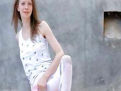 sweet peening of super skinny girl