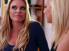 Lusty milf Briana Banks rides a hot lesbian face for pleasure