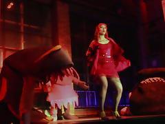 Vee Valentine - La Vore Girl Eaten Alive On Stage!