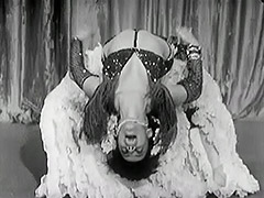 Exotic Burlesque Dancer Shakes Contents of Bra 1940