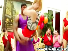 CFNM babes give head to the strippers