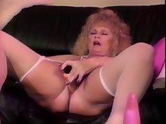 mature blonde shablee dildos