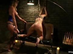 Ashli Orion gets suspended by Felony and enjoys two sticks in her holes