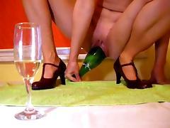 Amateur - Big Bottle Ride & Fuck on Webcam