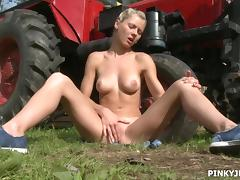 pinky as the farmer's daughter